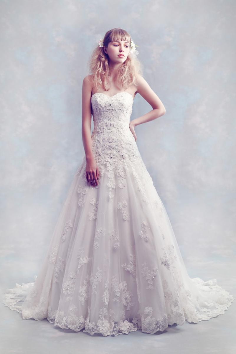 Diane Harbridge <br> Carolyn<br>Size 12 Was £1,200 Now £650