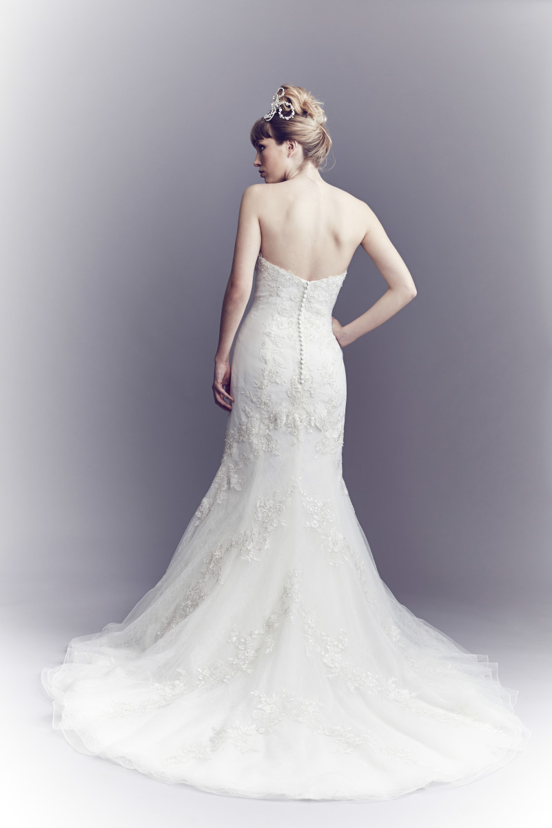 Diane Harbridge <br> Elsie<br>Size 12 Was £1,200 Now £950