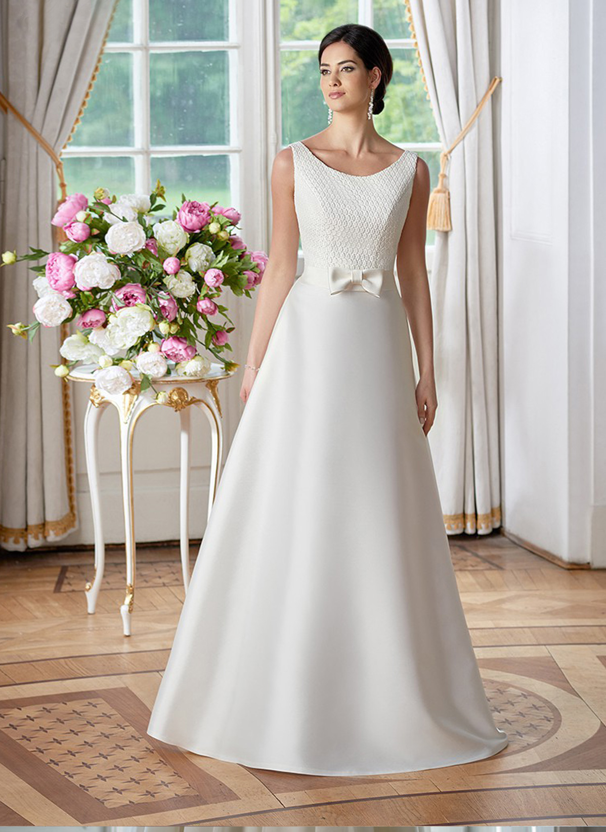 Herm's Bridal<br>Anita<br>Size 12 Was £1,100 Now £650