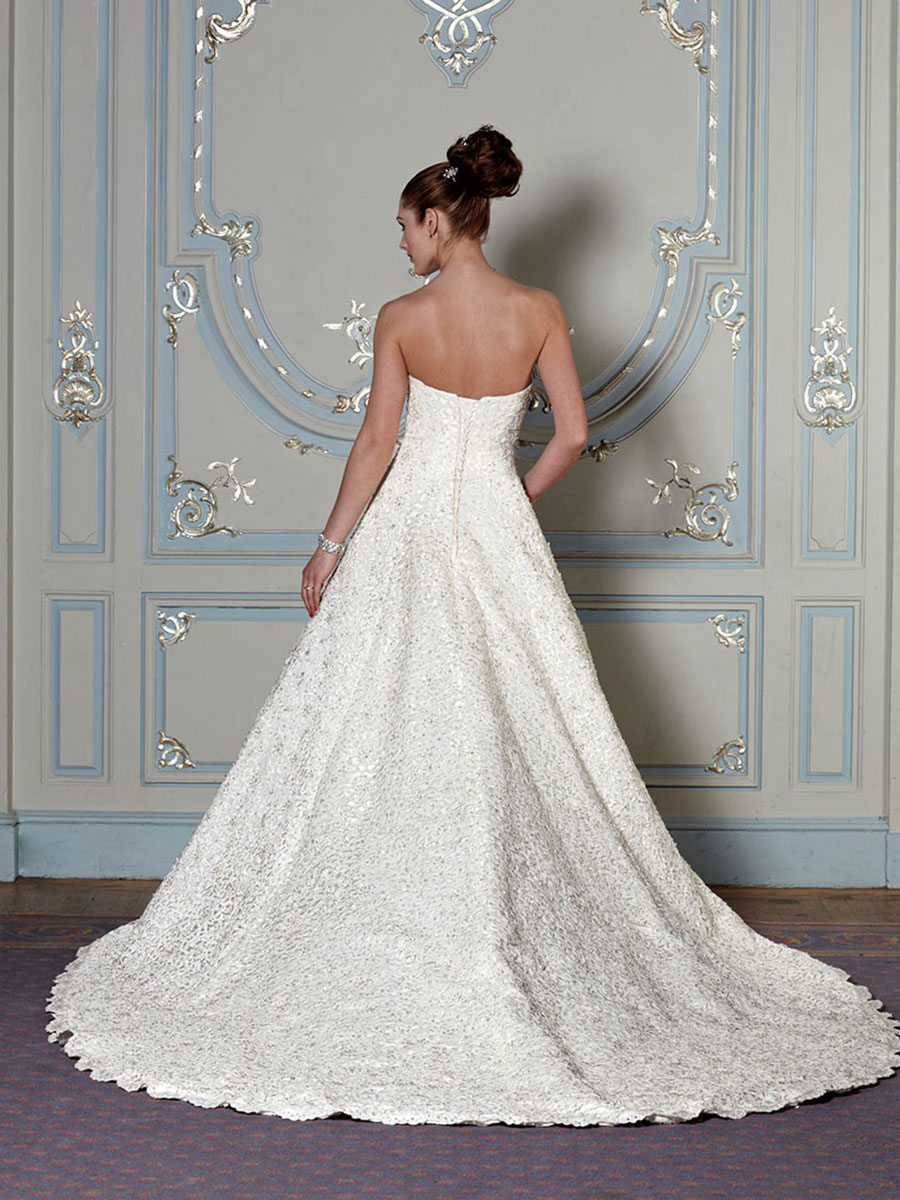 Diane Harbridge <br> Lyndsey<br>Size 14 Was £1,797 Now £650