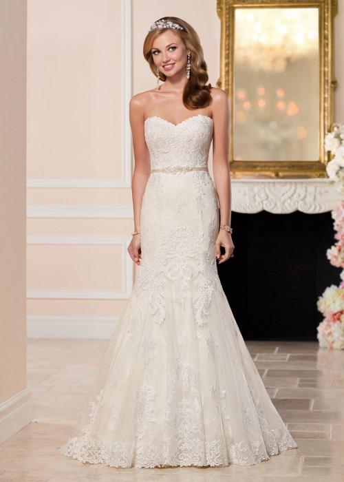 Stella York <br> Tara<br>Size 12 Was £1,399 Now £750