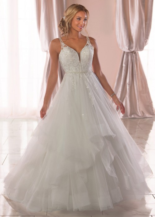 Stella York <br> Isabella<br>Size 12 Was £1,350 Now £700