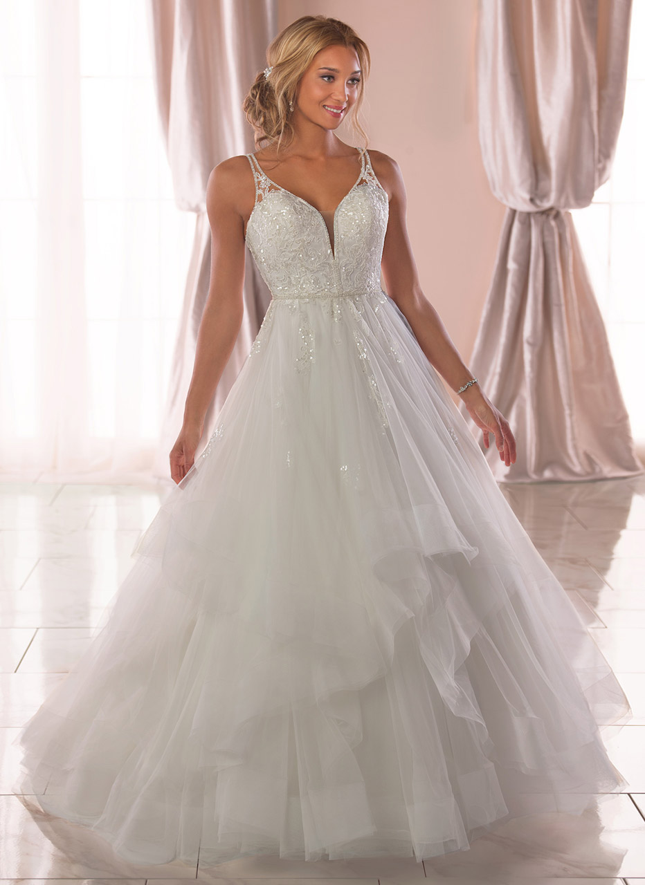 Stella York <br> Isabella<br>Size 12 Was £1,500 Now £600