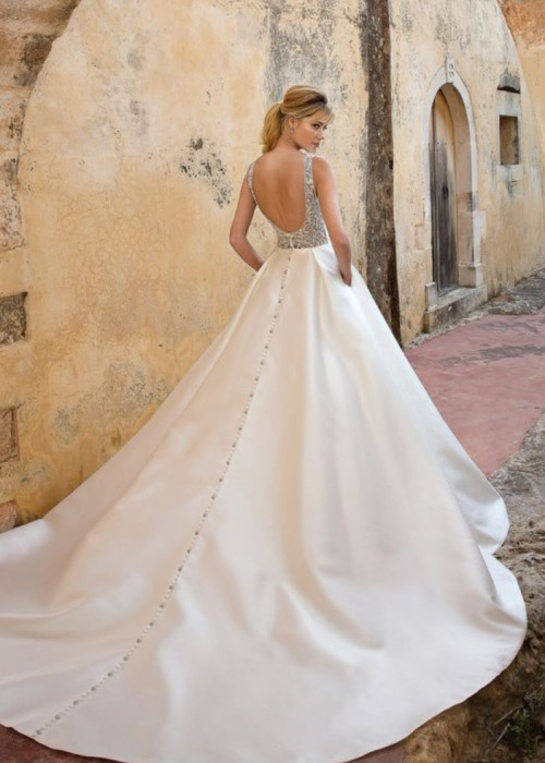 Justin Alexander <br> 88038<br>Size 12 Was £1,500 Now £700