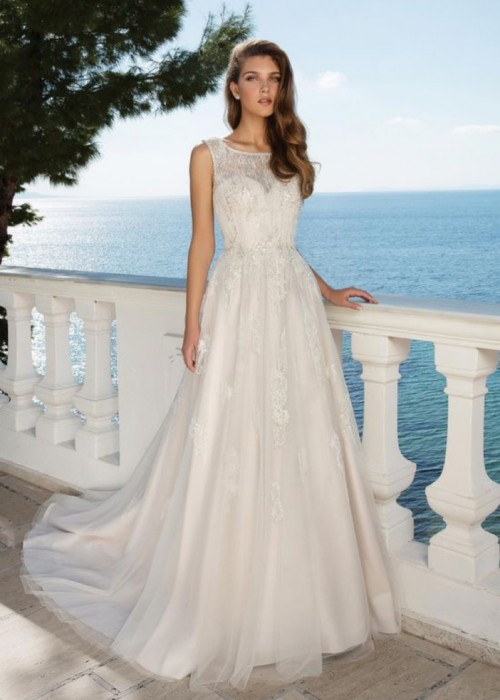 Justin Alexander <br> 88091<br>Size 12 Was £1,500 Now £750