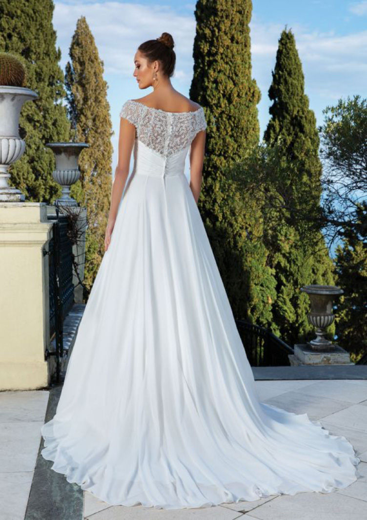 Justin Alexander <br> 88113<br>Size 16 Was £1,500 Now £750