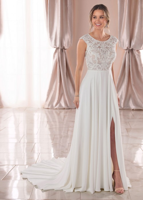 Stella York <br> Rhiannon <br> Size 12 Was £1,300 now £600